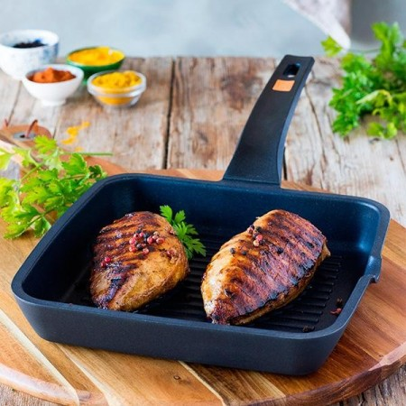 EFFICIENT GRILL CON RAYAS 28CM - BRA